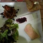 Foie gras avec un chetnay d'oignon rouge