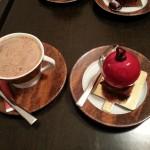 Orgasme griotte avec un chocolat chaud